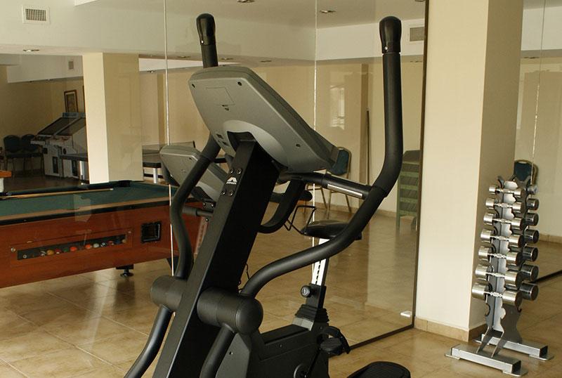 http://www.aquazul.com.ar/web/wp-content/uploads/2014/05/gym_3.jpg