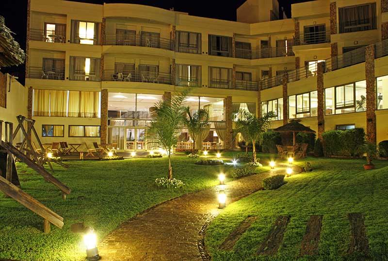 http://www.aquazul.com.ar/web/wp-content/uploads/2014/06/hotel_6.jpg